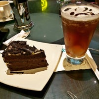 Photo taken at EXCELSO by Junior P. on 11/13/2015