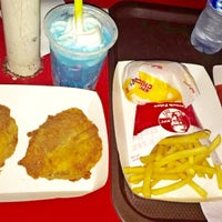 Photo taken at KFC / KFC Coffee by Junior P. on 7/23/2016