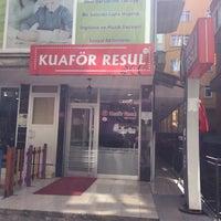 Photo taken at Kuaför Resul by Hüseyin Y. on 3/12/2016