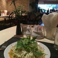 Photo taken at Tai-Pan Hotel by Jeabchan P. on 11/5/2015