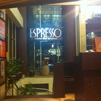 Photo taken at Espresso by Fatima R. on 4/28/2013