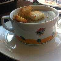 Photo taken at Pizza Hut by Fatima R. on 1/26/2013