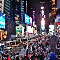 Das Foto wurde bei W New York - Times Square von Eldar K. am 3/3/2013 aufgenommen