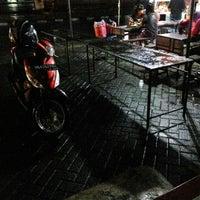 Photo taken at Jalan Iskandar Muda by Zulhidayat A. on 5/20/2016