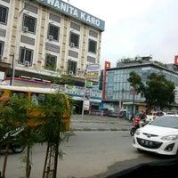 Photo taken at Jalan Iskandar Muda by Zulhidayat A. on 12/6/2016