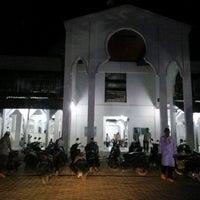 Photo taken at Masjid Agung Al-Falah by Zulhidayat A. on 2/17/2017