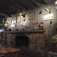 Photo taken at Cracker Barrel Old Country Store by Herta K. S. on 10/19/2015
