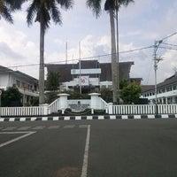 10/20/2013 tarihinde eRmaziyaretçi tarafından Pemerintah Daerah Kota Sukabumi'de çekilen fotoğraf