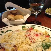 Photo taken at Olive Garden by Carol W. on 4/30/2013