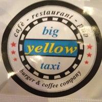 10/13/2012 tarihinde Zafer C.ziyaretçi tarafından Big Yellow Taxi Benzin'de çekilen fotoğraf