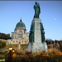 Photo taken at Saint Joseph's Oratory by Jim T. on 9/25/2012