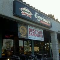 Das Foto wurde bei Capriotti's Sandwich Shop -Temporarily Closed von Polly G. am 12/31/2012 aufgenommen