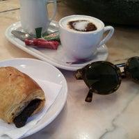 รูปภาพถ่ายที่ Cafeteria 1900 โดย Daniel G. เมื่อ 3/24/2016