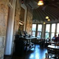 9/18/2013 tarihinde Dave R.ziyaretçi tarafından Sabrina's Cafe @ Powelton'de çekilen fotoğraf