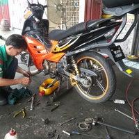 Photo taken at Bengkel Motor Sai Keong by manap @. on 7/1/2013