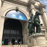รูปภาพถ่ายที่ American Museum of Natural History Museum Shop โดย Rodrigo M. เมื่อ 6/21/2018