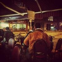 1/19/2013 tarihinde Ekrem D.ziyaretçi tarafından Cihangir Kahvehanesi'de çekilen fotoğraf