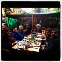 Photo taken at Dodo Cafe & Pub by Başak Ş. on 12/15/2012