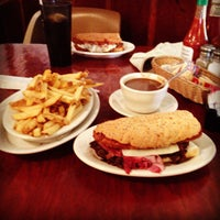 Photo taken at R & O's Pizza Restaurant by Nancie - A. on 8/31/2013