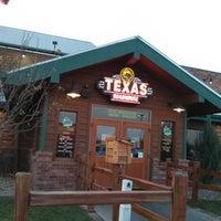 Photo taken at Texas Roadhouse by Felipp L. on 12/1/2012
