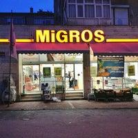 Foto diambil di Migros oleh Soner T. pada 1/15/2013