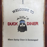 Foto tomada en Willie's Duck Diner  por Mark W. el 8/7/2015