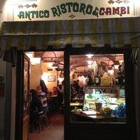 Foto scattata a All'Antico Ristoro Di' Cambi da Dani Y. il 4/26/2013