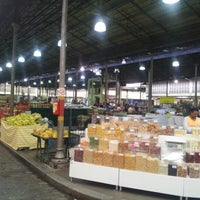 Foto tirada no(a) Mercado Municipal Kinjo Yamato por Rafael B. em 1/29/2013