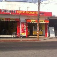 รูปภาพถ่ายที่ Tortas & Burgers El puente โดย Tortas & Burgers El puente เมื่อ 3/7/2016