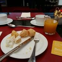 Photo taken at Restaurante Dumont by Alana P. on 12/7/2015