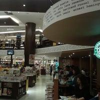 3/24/2013에 Alana S.님이 Saraiva MegaStore에서 찍은 사진