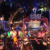 Photo taken at Oakdale Christmas House by Jayna W. on 12/10/2015