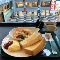 Photo taken at PRONTO 新千歳空港店 by とっしー。 ´. on 10/21/2017