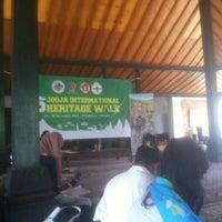 Photo taken at nDalem Wironegaran by Albert F. on 11/11/2013