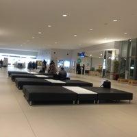 2/5/2013にSatomi M.が岩国錦帯橋空港 / 岩国飛行場 (IWK)で撮った写真
