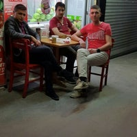Photo taken at Tatlıses Çiğ Köfte by Tunahannn ✔ . on 6/3/2016