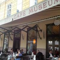 Das Foto wurde bei Café Museum von SmartMicha am 7/7/2013 aufgenommen
