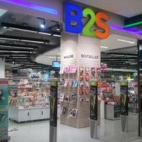 Foto tomada en B2S por Phutthinan N. el 11/3/2012