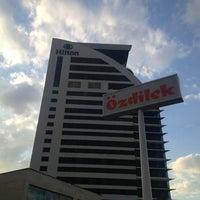 7/18/2013 tarihinde Yusuf Kenan B.ziyaretçi tarafından Hilton Bursa Convention Center & Spa'de çekilen fotoğraf