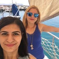 Photo taken at erdi 2 private yacht by Özge on 5/1/2016