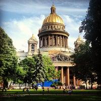 Das Foto wurde bei Saint Isaac's Cathedral von Осипова 🎤 Ю am 6/24/2013 aufgenommen