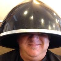 Das Foto wurde bei The Cottage Hair Salon von Stuart H. am 6/24/2014 aufgenommen