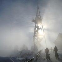 Das Foto wurde bei Uetliberg Aussichtsturm von Sillium am 1/20/2013 aufgenommen