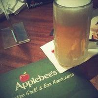 Foto tirada no(a) Applebee's por Wlamir Hiroshi   Tuco em 11/23/2012