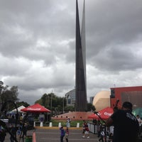 Photo taken at Glorieta Del Monumento a la Independencia (Las Tijeras) by Tavo on 10/21/2012