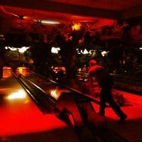 Photo taken at Bowlingbaan. Huttenheugte by Roy S. on 7/25/2013