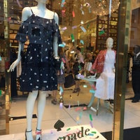 Photo prise au Kate Spade New York Flagship par Monz M. le5/30/2018
