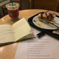 Photo taken at Starbucks by Pinrat L. on 11/15/2017