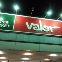 Photo taken at valor 掛川店 by Shiba y. on 4/10/2013