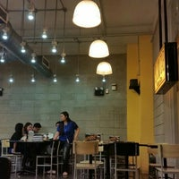 Photo taken at Yellow Cab Pizza Co. by Ryan G. on 3/30/2016